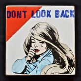 "Kati Elm ""don t look back"""