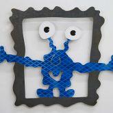 "Patrick Preller ""Monster sprengt den Rahmen (Arme seitlich)"""